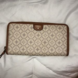 🐚FOSSIL gently used wallet